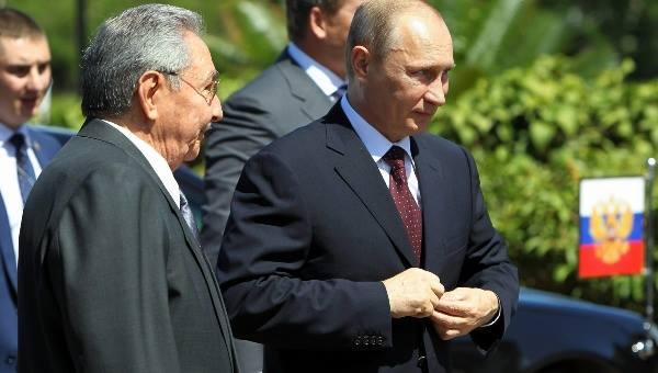 Raúl Castro et Vladimir Poutine